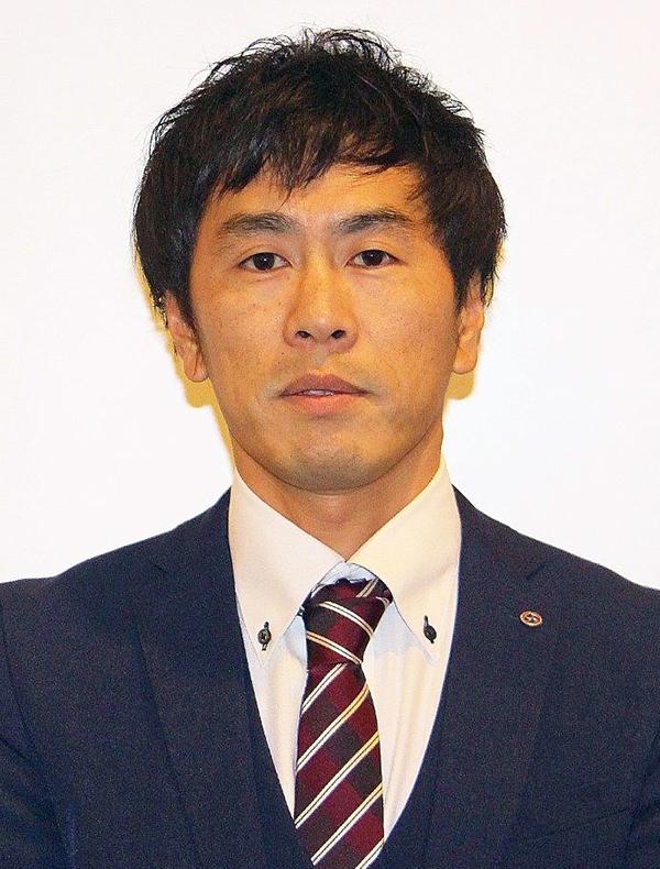 代表取締役社長 白﨑銀次郎
